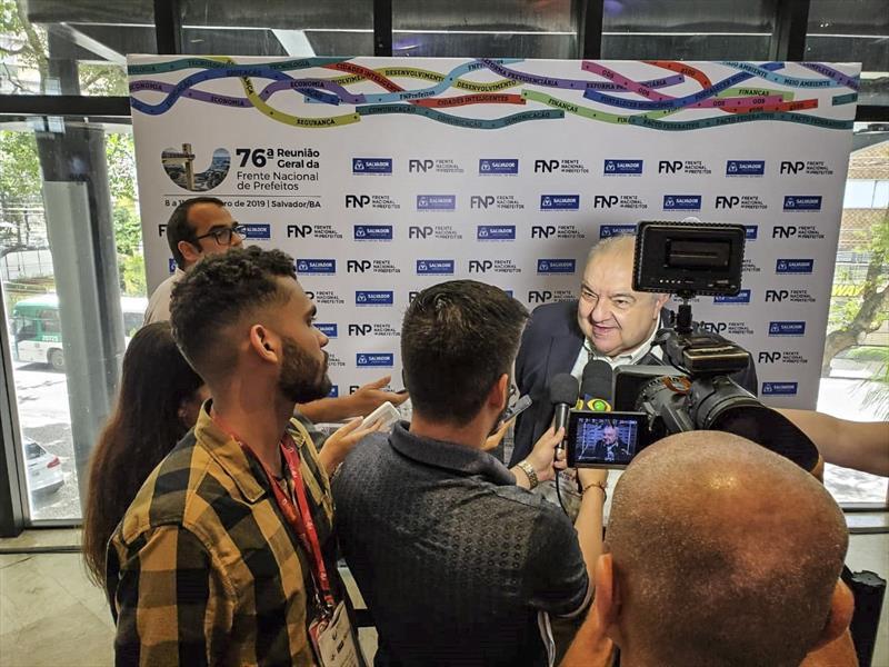 O prefeito de Curitiba, Rafael Greca, defende que os municípios brasileiros tenham a devida contrapartida do governo federal na Reforma Tributária. Foto: Divulgação