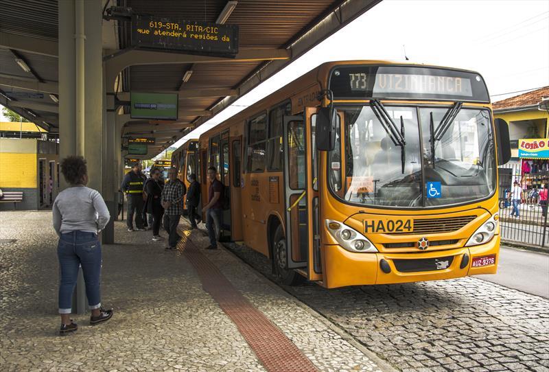 Nova linha Vizinhança/Santa Rita no terminal CIC.  Curitiba, 17/10/2019. Foto: Levy Ferreira/SMCS