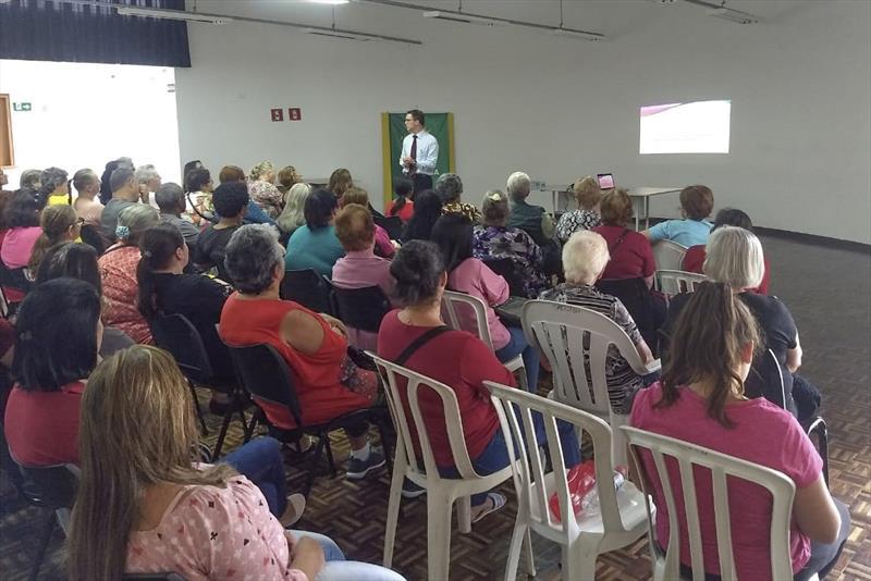 US São João Del Rey faz ações de prevenção ao câncer de mama. Foto: Divulgação