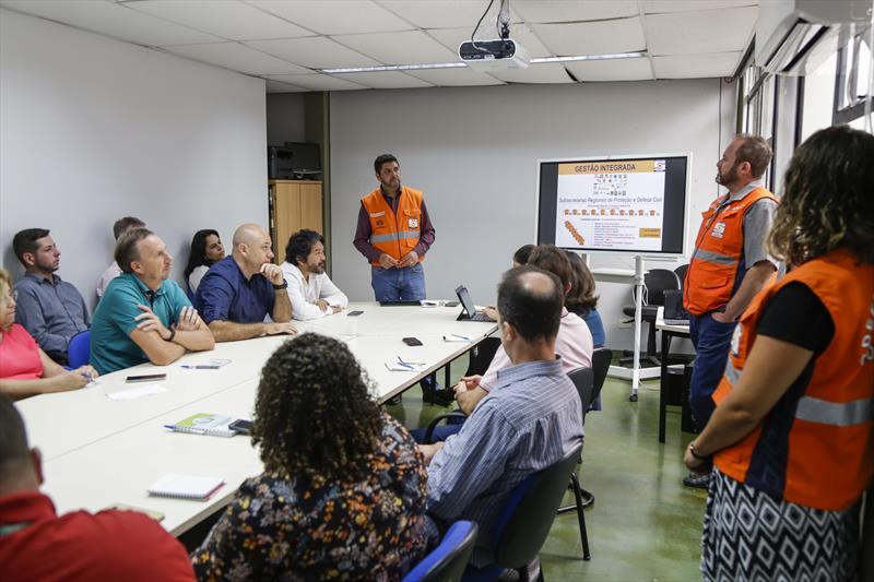 Reunião da Defesa Civil com administradores regionais para preparação das equipes para o período chuvoso. Curitiba, 19/11/2019. Foto: Pedro Ribas/SMCS