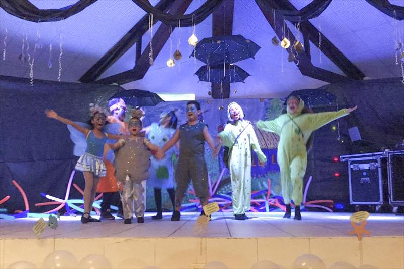 """Teatro """"O canto da Sereia"""", dos estudantes da Escola Municipal Walter Hoerner. Foto: Divulgação"""