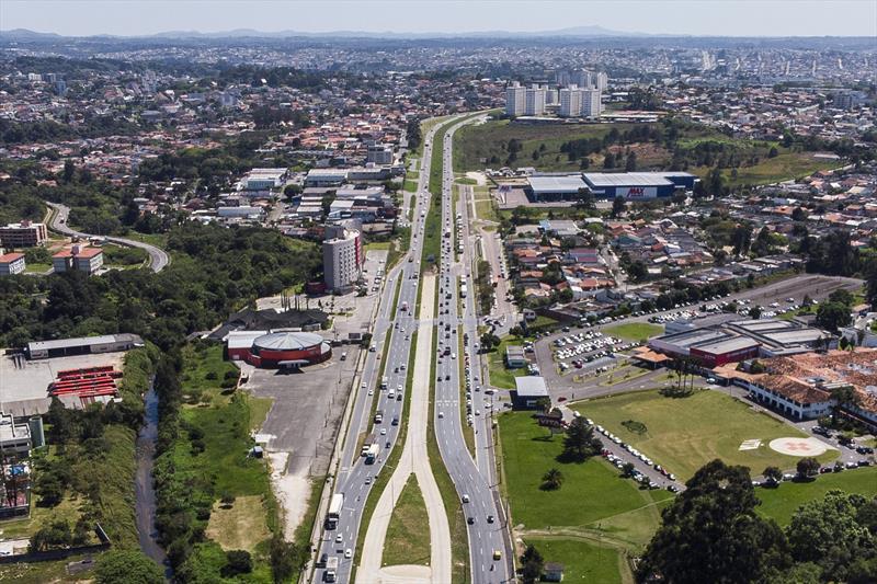 Prefeitura vende R$ 3,9 milhões em potencial da Linha Verde. Foto: Pedro Ribas/SMCS