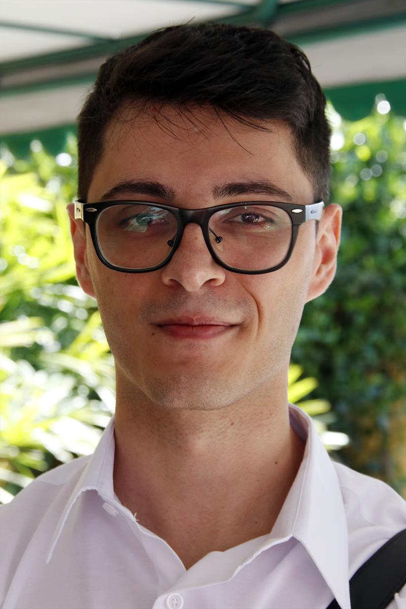 Posse dos engenheiros aprovados no concurso da Prefeitura Municipal de Curitiba. Na imagem, Luis Felipe Gusmão Plefh. Curitiba, 29/11/2019. Foto: Lucilia Guimarães/SMCS