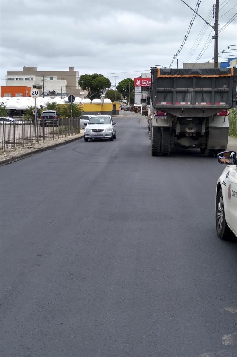 Três ruas do Pinheirinho têm obras de recuperação do asfalto. Foto: Divulgação