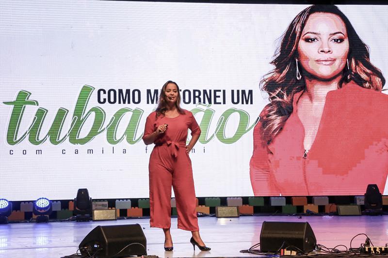 Camila Farani, investidora anjo do programa Shark Tank Brasil, no evento Conexões Vale do Pinhão no Teatro Guaira. Curitiba,05/12/2019. Foto: Luiz Costa /SMCS.