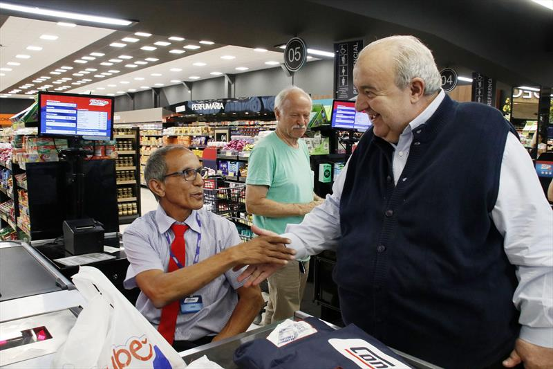 Prefeito Rafael Greca participa da inauguração Do Supermercado Condor Gourmet Ahú. Curitiba, 05/12/2019. Foto: Lucilia Guimarães/SMCS