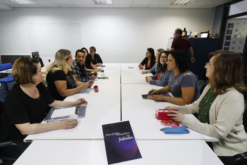 Reunião de professores que voltaram da Finlândia. Curitiba, 03/12/2019. Foto: Lucilia Guimarães/SMCS