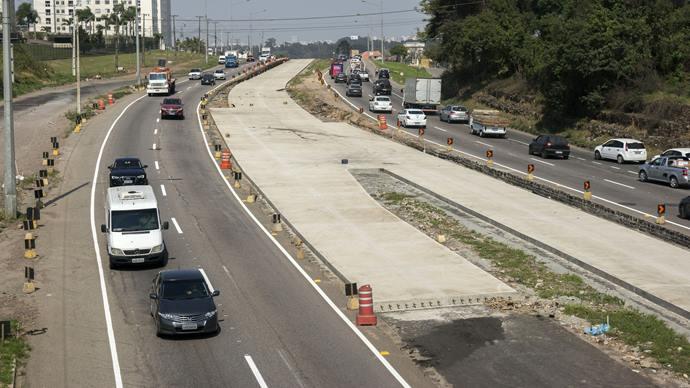 Nova sinalização na Linha Verde. Curitiba, 16/09/2019. Foto: Valdecir Galor/SMCS