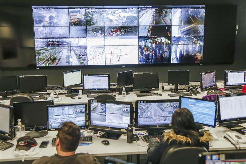 Centro de Controle Operacional de Curitiba (CCO). Curitiba, 10/07/2018. Foto: Pedro Ribas/SMCS