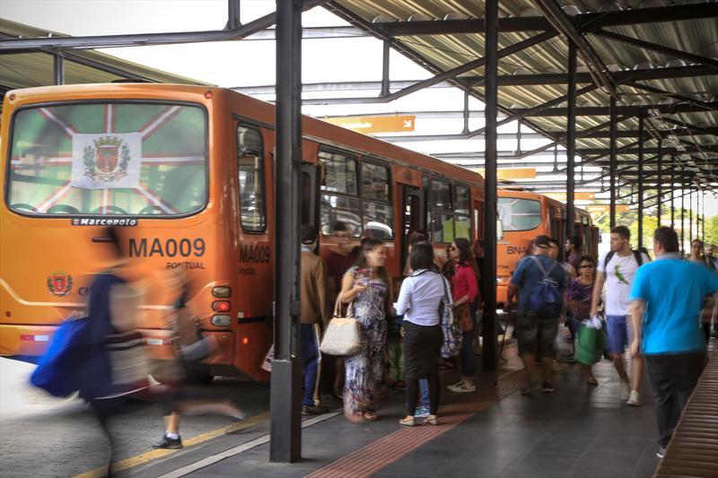 Confira a programação de ônibus para o Verão Curitiba 2020. Foto: Luiz Costa/SMCS