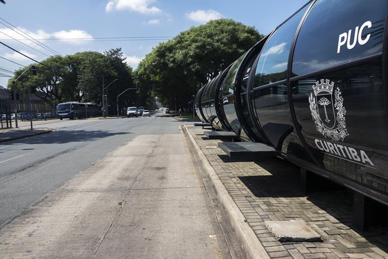 Rua da PUCPR terá faixa exclusiva para ônibus