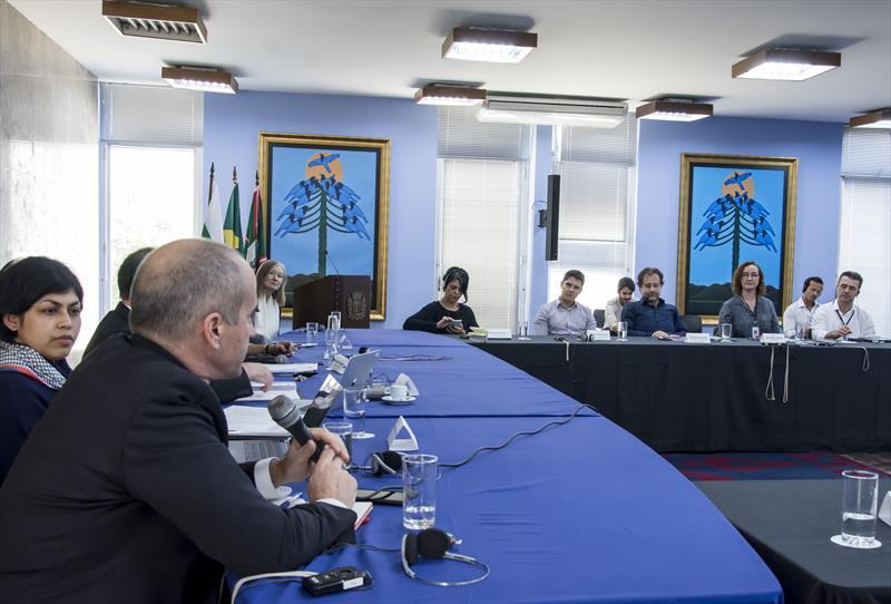 Delegação da Universidade do Estado de Ohio esteve reunida com representantes da Prefeitura e de instituições da capital para trocar experiências e discutir possíveis acordos de cooperação.  Curitiba, 13/02/2020. Foto: Levy Ferreira/SMCs