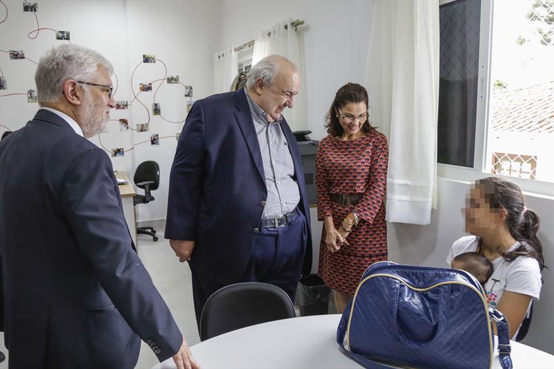 Prefeito Rafael Greca visita o Instituto Princesa Benedikte, acompanhado pelo presidente do Instituto, Wilson Andersen Ballão. Curitiba, 14/02/2020. Foto: Pedro Ribas/SMCS