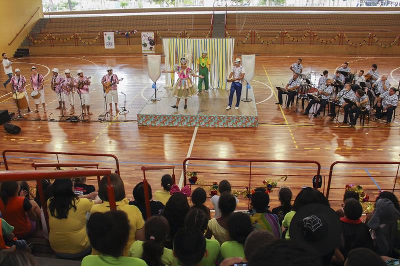 Aula de Cultura Brasileira Iniciação ao Samba na Praça Oswaldo Cruz. Curitiba, 18/02/2020. Foto: Hully Paiva/SMCS
