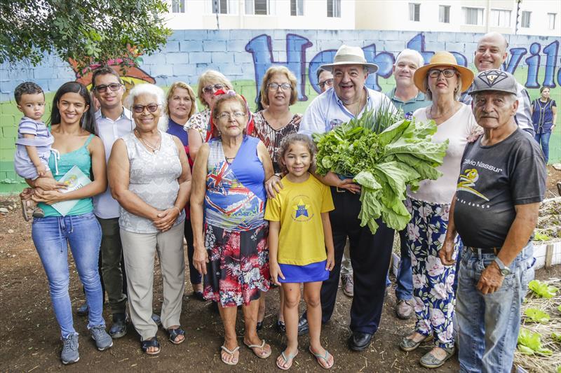 Prefeito Rafael Greca inaugura a horta Amigos da Vila Rigoni, no Fazendinha. Curitiba, 19/02/2020. Foto: Pedro Ribas/SMCS