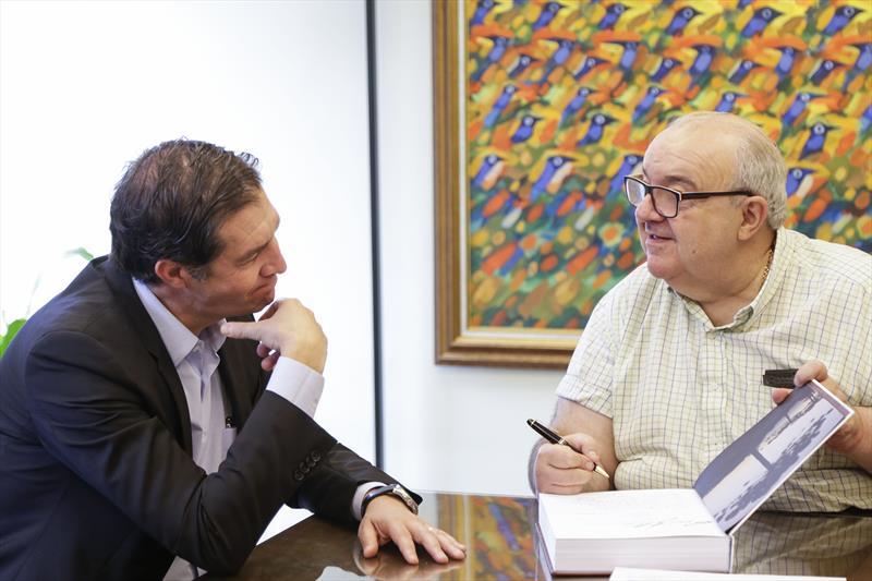 Prefeito Rafael Greca recebe o vice-presidente institucional da Multiplan, Vander Giordano. Curitiba, 21/02/2020. Foto: Pedro Ribas/SMCS