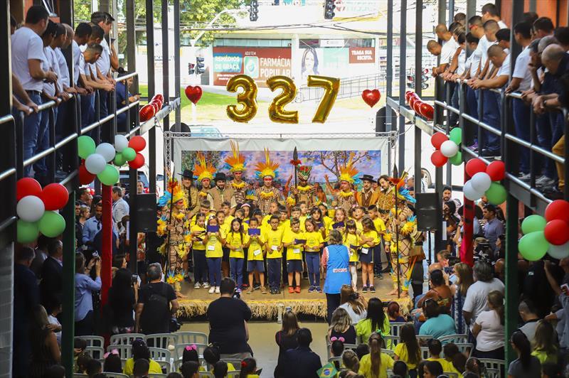 Apresentação do Auto dos fundadores de Curitiba em comemoração aos 327 anos da cidade, na Rua da Cidadania da Fazendinha - Curitiba, 09/03/2020 - Foto: Daniel Castellano / SMCS