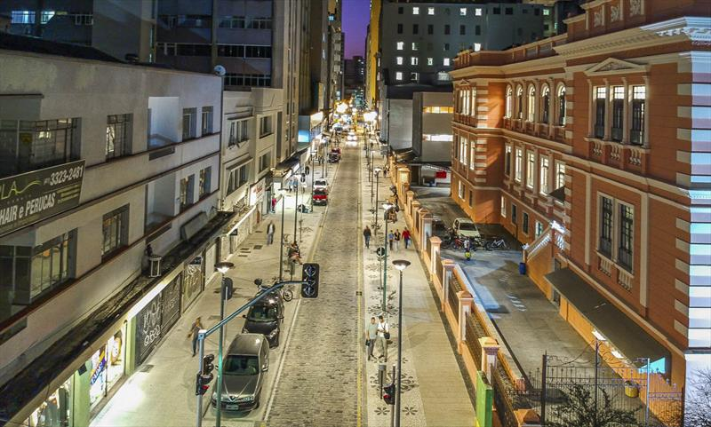 As diferenças de gênero estão contempladas nos novos projetos implantados e em desenvolvimento em Curitiba.. - Foto: Daniel Castellano / SMCS