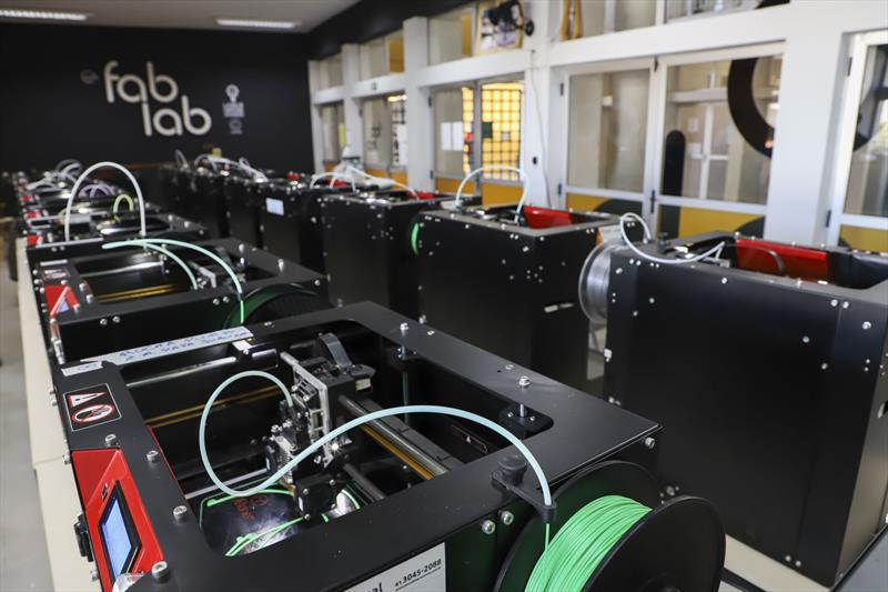 Impressora 3D faz máscaras para proteção do COVID-19. Foto: Hully Paiva/SMCS