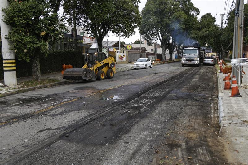Obras de pavimentação da rua Goiás, no Água Verde. Curitiba, 15/05/2020. Foto: Pedro Ribas/SMCS