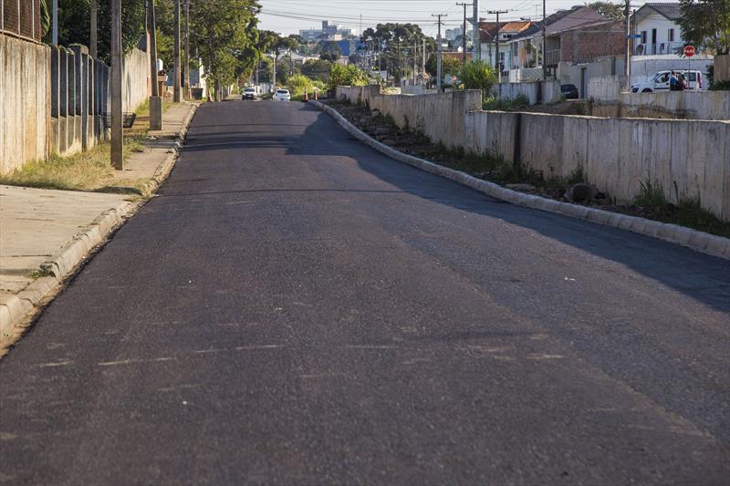 Nova pavimentação da Rua Pernambuco, no Parolin. Curitiba, 19/05/2020. Foto: Pedro Ribas/SMCS
