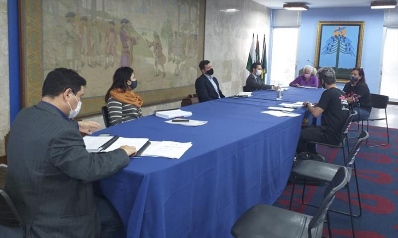 Prefeitura e sindicato debatem Regime Integral de Trabalho. Foto: Divulgação