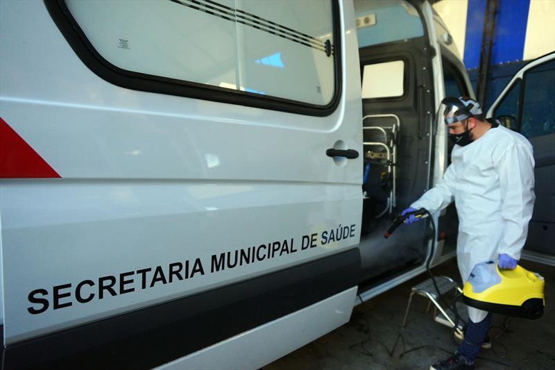 Sanitização de veículos da Prefeitura de Curitiba. Curitiba, 25/05/2020 Foto: Valdecir Galor/SMCS