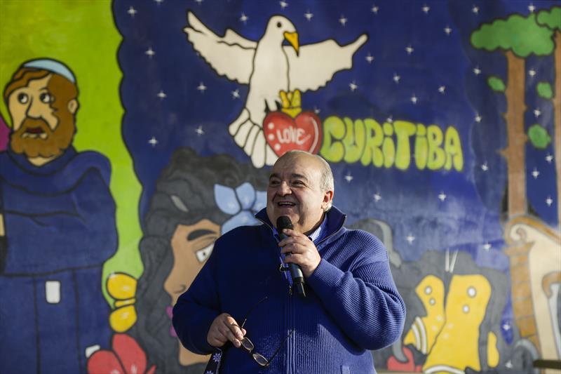 Prefeito Rafael Greca inaugura o terceiro ponto do programa Mesa Solidária, na Praça Plínio Tourinho. Curitiba, 28/05/2020. Foto: Pedro Ribas/SMCS