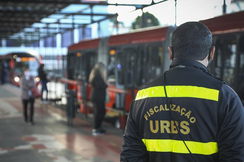 Urbs coloca 100% da frota em mais 15 linhas de ônibus. Foto: Luiz Costa/SMCS