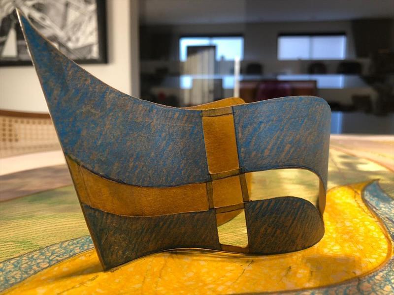 A Praça da Suécia contará com a escultura em aço de um barco viking formando a bandeira do país escandinavo. O desenho é do arquiteto Fernando Canalli, da Secretaria Municipal do Meio Ambiente (SMMA). Foto: Divulgação