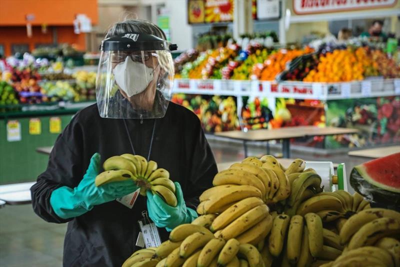 IMAGENS DA SEMANA: Mercado Regional do Cajuru. Foto: Luiz Costa/SMCS