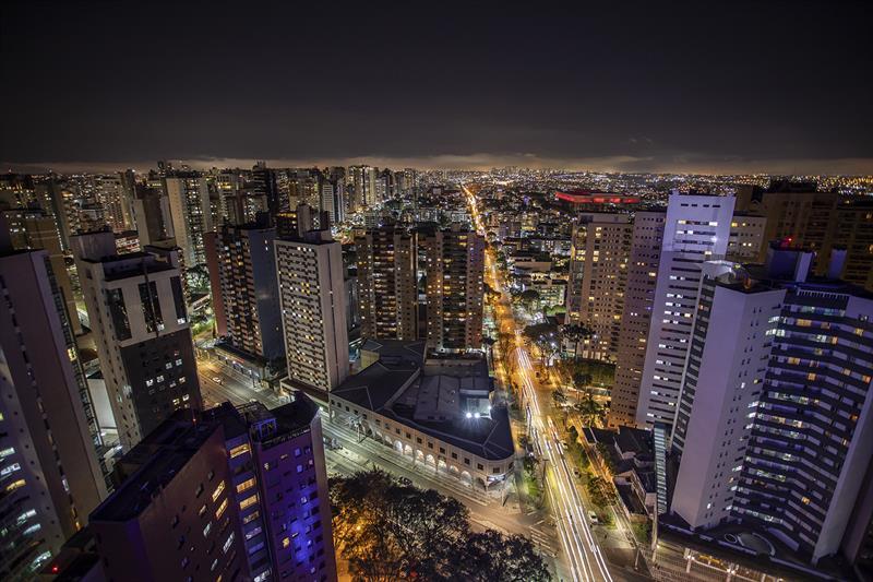 A nova Lei de Zoneamento, Uso e Ocupação do Solo de Curitiba (Lei nº 15.511, de 10 de outubro de 2019) entra em vigor nesta segunda-feira (4/8). - Curitiba, 02/08/2020 - Foto: Daniel Castellano / SMCS