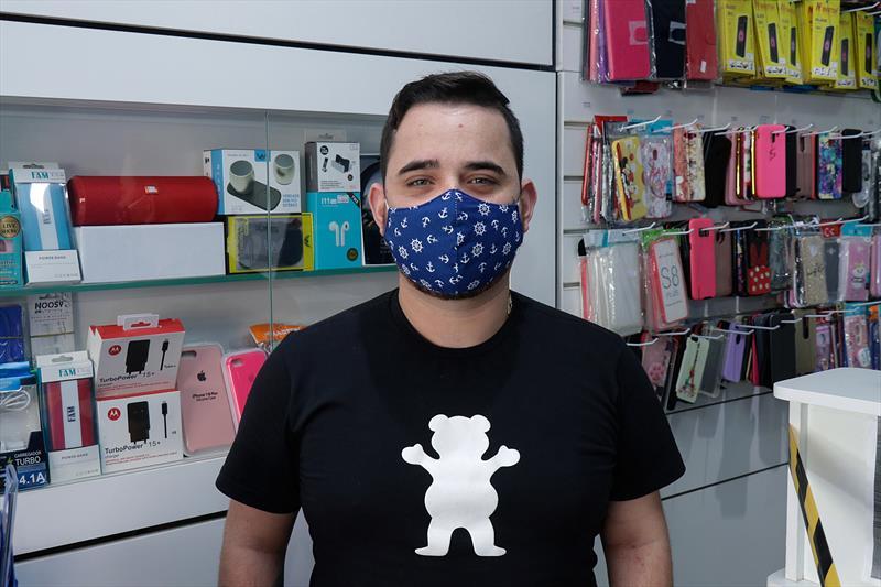 Campanha vai reaquecer economia, aposta empresário. Na imagem: Microempresário,  Leandro Leo. Curitiba. 04/08/2020 Foto: Ricardo Marajó / SMCS