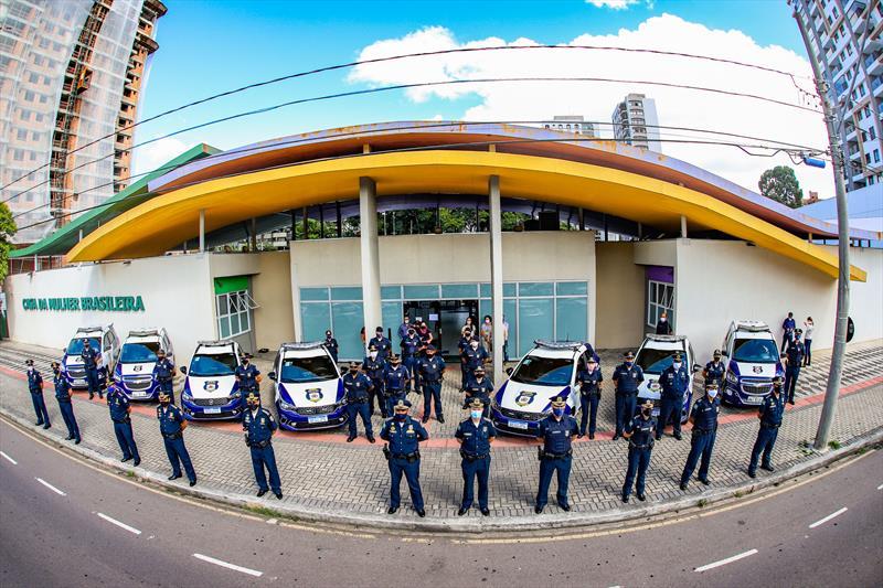 Entrega de viaturas da Patrulha Maria da Penha em frente a Casa da Mulher Brasileira no Bairro Cabral - Curitiba, 15/01/2021 - Foto: Daniel Castellano / SMCS