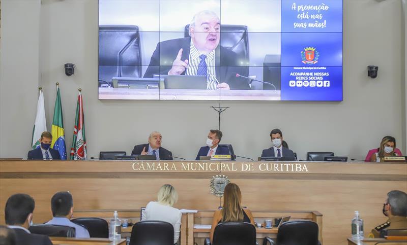 Prefeito Rafael Greca participa da abertura do ano legislativo na Câmara Municipal de Vereadores de Curitiba - Curitiba, 01/02/2021 - Foto: Daniel Castellano / SMCS