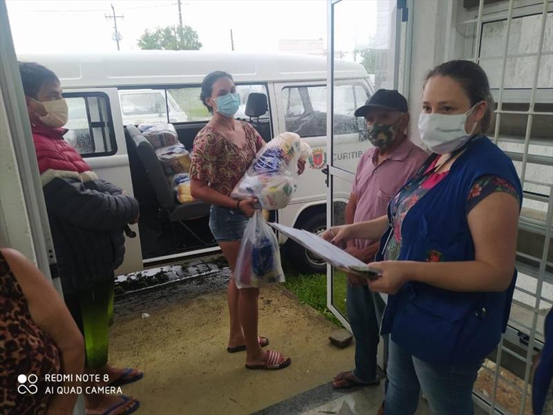 A Fundação de Ação Social mantém o atendimento às famílias atingidas pela chuva que caiu em Curitiba, na tarde desta terça-feira dia 02/03. Foto: Divulgação