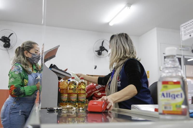 Espaços de alimentação da Prefeitura estão abertos com cuidados redobrados. Foto: Pedro Ribas/SMCS