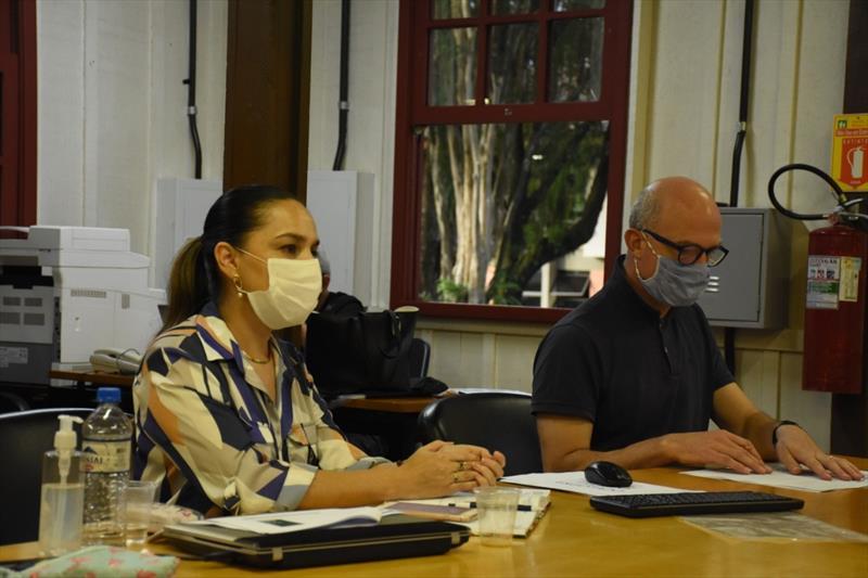 A secretária-executiva do Concitiba, Sheila Branco, coordenou a 59ª Reunião Ordinária em que foi definido o calendário de atividades deste ano. Foto: IPPUC