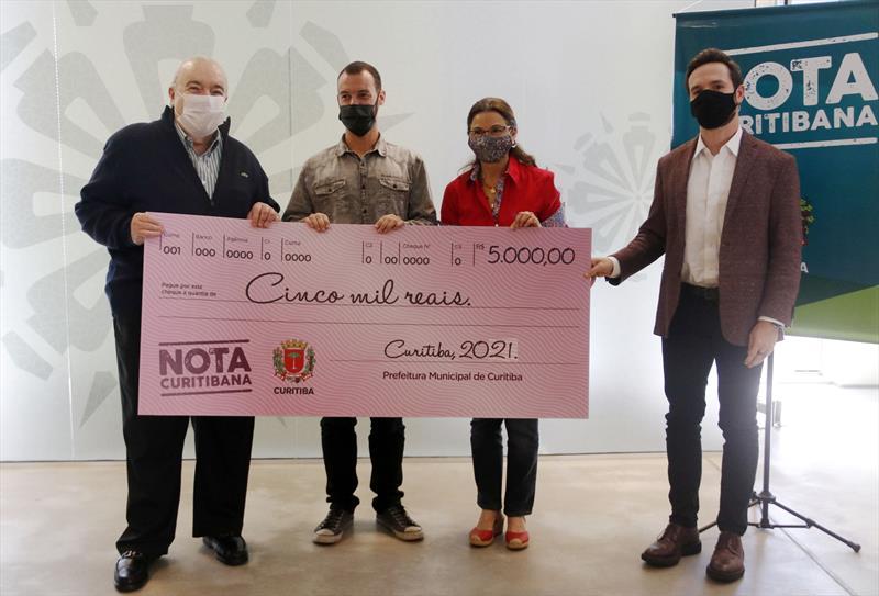 Entrega do prêmio Nota Curitibana para Associaçõa Caminho da Vida. Curitiba, 08/04/2021. Foto Lucilia Guimarães/SMCS