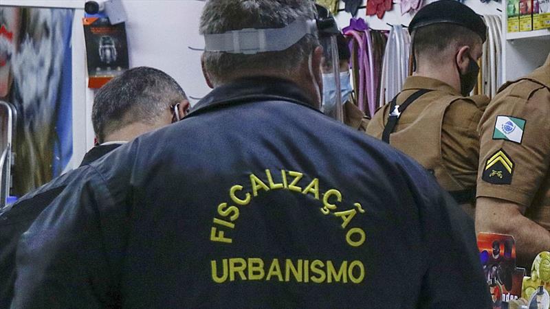 Fim de semana com bandeira laranja tem fiscalização em 49 estabelecimentos.  Foto: Ricardo Marajó/SMCS