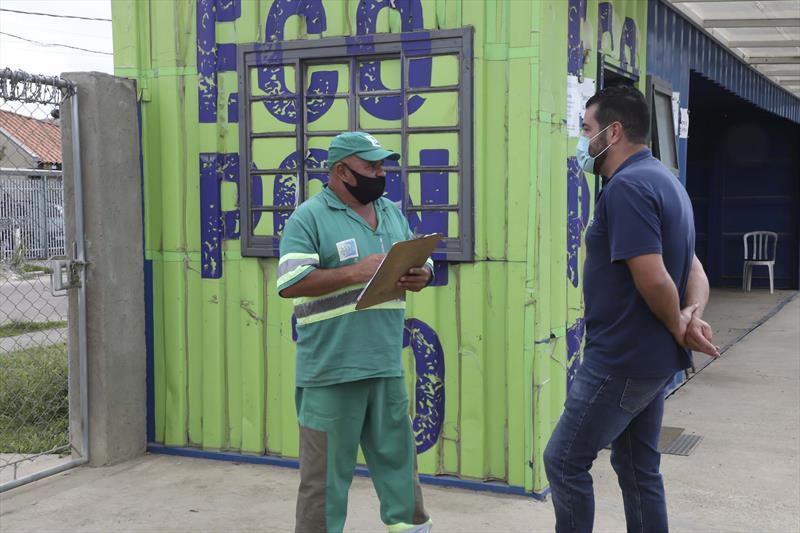 Jamilson Rossini Pereira, leva semanalmente entulho de construção ao Ecoponto Vila Nova - Alto Boqueirão. Curitiba, 15/04/2021. Foto: Hully Paiva/SMCS