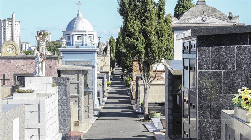 Cemitérios municipais adotam medidas para evitar disseminação da covid-19. Foto: Hully Paiva/SMCS