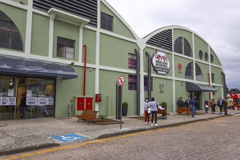 Mercado Municipal Capão Raso tem presentes para agradar todas as mães.  Foto: Daniel Castellano/SMCS