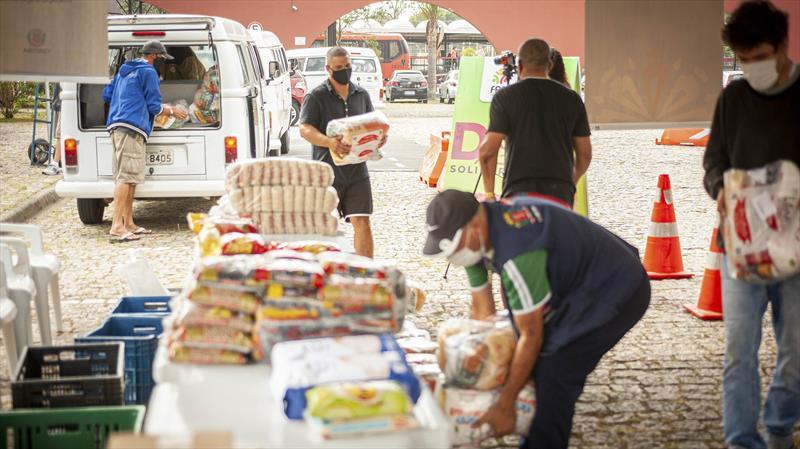 Regional Boqueirão se une para a campanha Doe Solidariedade. Curitiba, 06/05/2021. Foto: Andre Wormsbecker
