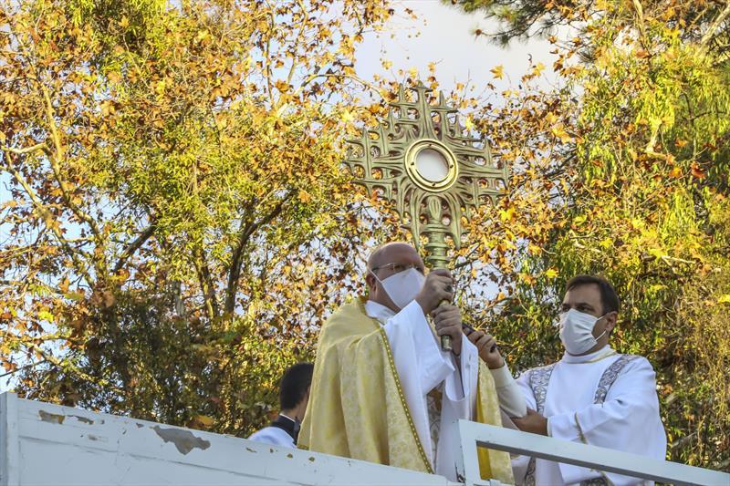 Procissão em celebração ao Corpus Christi com o Arcebispo Dom José Peruzzo. Curitiba, 03/06/2021. Foto: Hully Paiva/SMCS