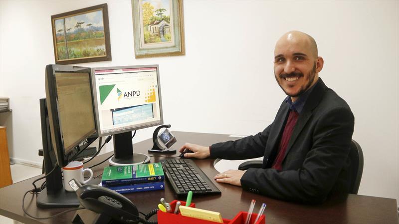 Encarregado geral de proteção de dados, Flávio Silva de Andrade. Curitiba, 21/06/2021. Foto: Lucilia Guimarães/SMCS