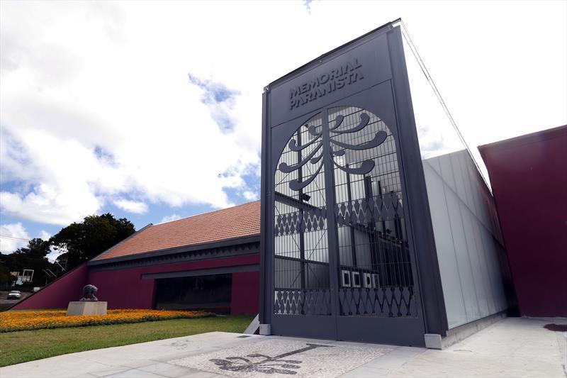 Exposição de João Turin no Memorial Paranista é destaque em publicação alemã.  Foto: Lucilia Guimarães/SMCS