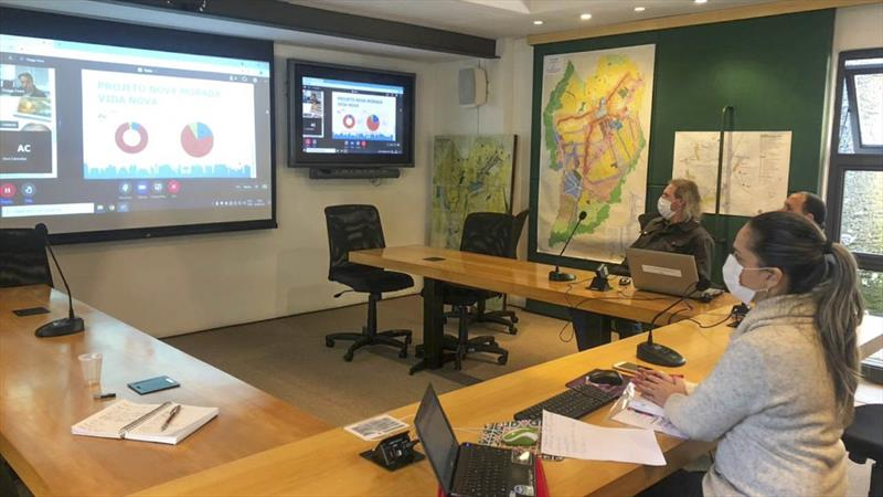 O Conselho da Cidade de Curitiba (Concitiba) e técnicos da prefeitura debateram, nesta quarta-feira (28/7), as políticas e planos municipais de controle e prevenção às drogas, como parte das Câmaras Temáticas do Plano Setorial de Defesa Social e Defesa Civil. Foto: Divulgação/IPPUC