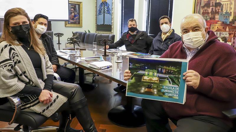O prefeito Rafael Greca anunciou,  que Curitiba terá uma Escola de Turismo para capacitação de profissionais e empreendedores do setor da capital e Região Metropolitana. Curitiba, 30/07/2021. Foto: Hully Paiva/SMCS