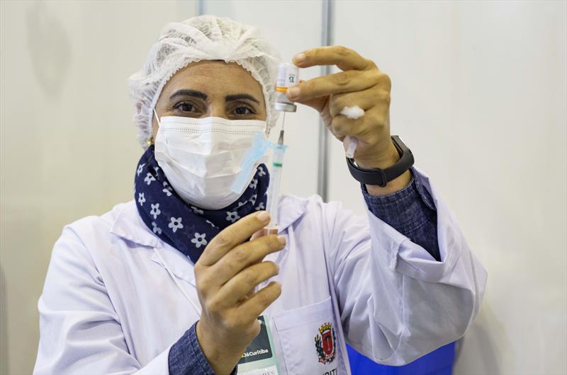 Na próxima semana, 31 mil devem voltar aos postos da vacinação. Curitiba. Foto: Ricardo Marajó/SMCS (arquivo)